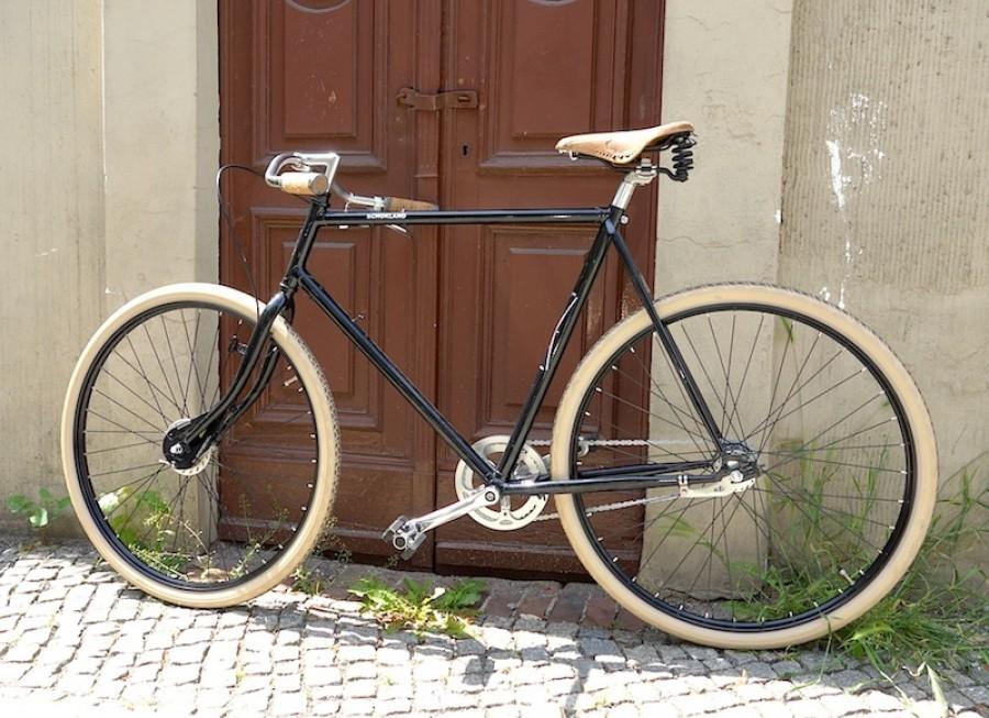 Azor Schokland,Men Bike (Bild: waarmakers.nl, pret-a-velo.de)